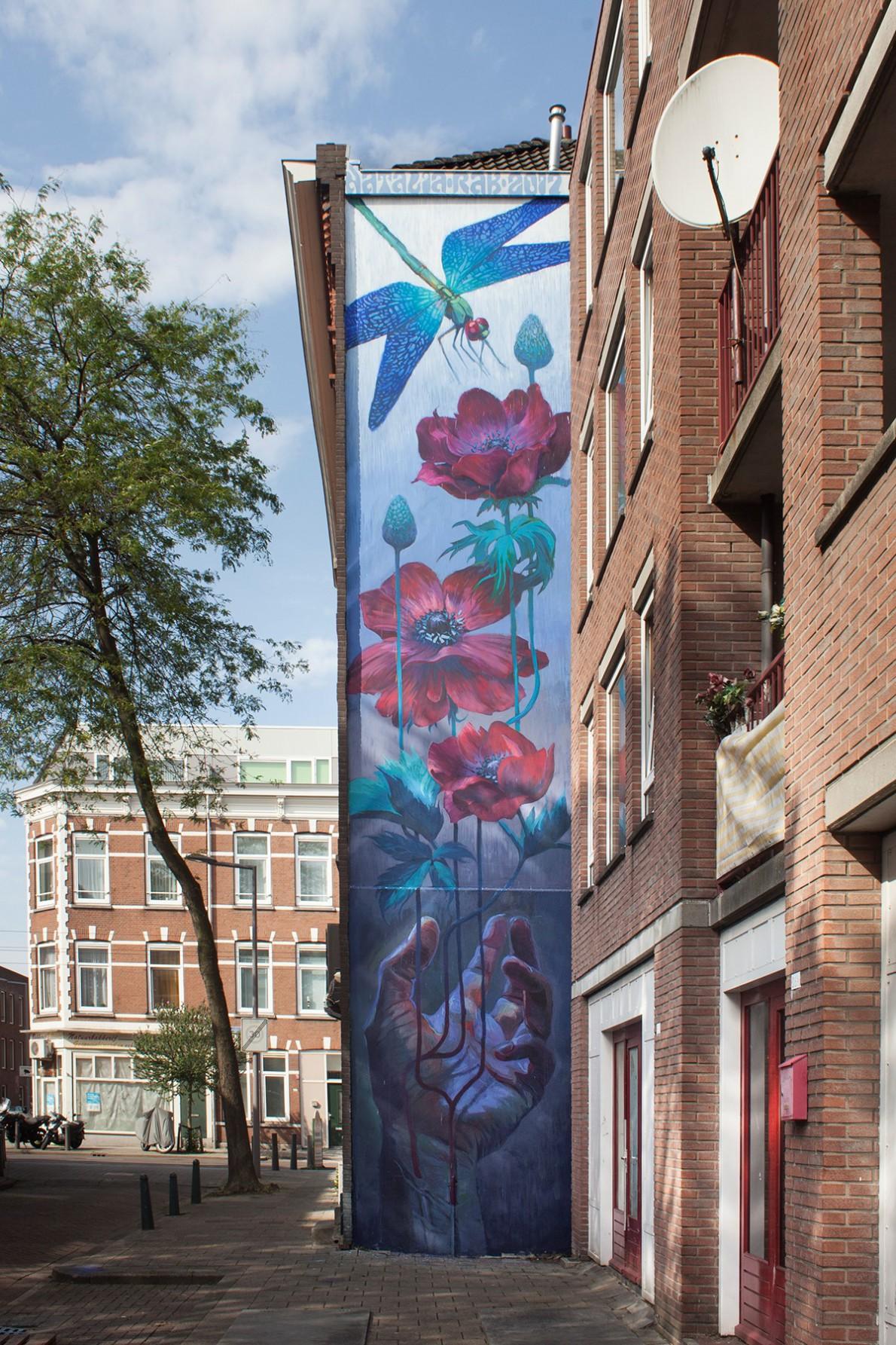 Natalia Rak, Resurrection, Vletstraat Rotterdam, 2017. Sober Walls by Sober Collective.